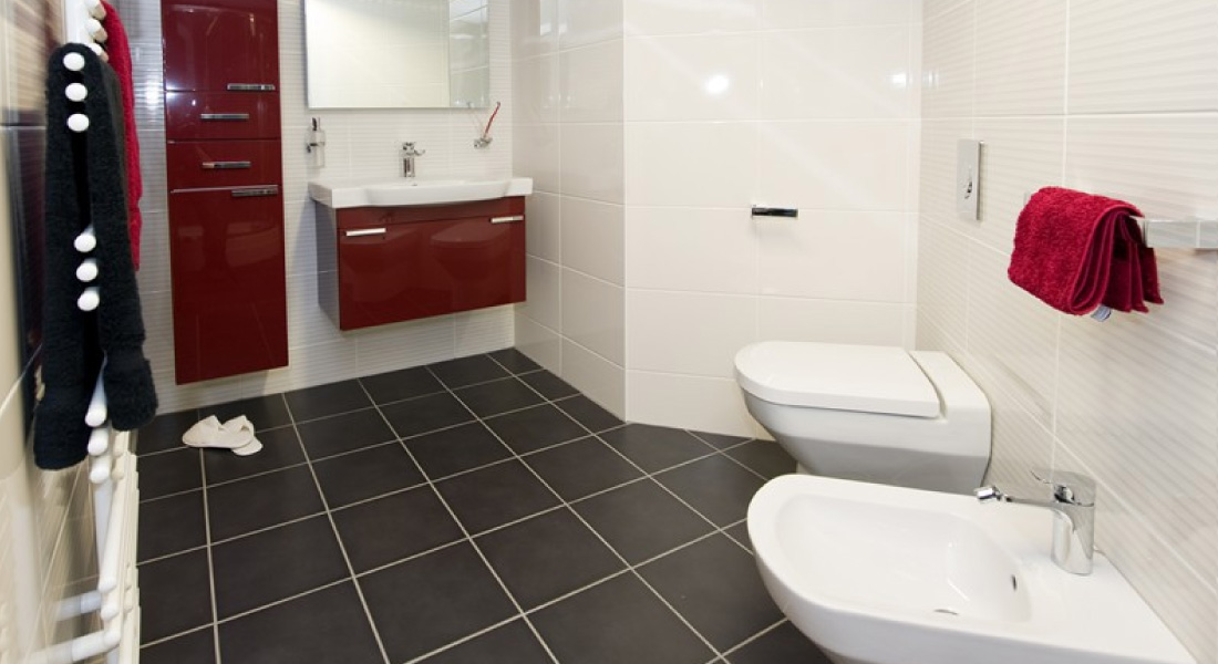 offers a full range of services from bathroom and kitchen fitting